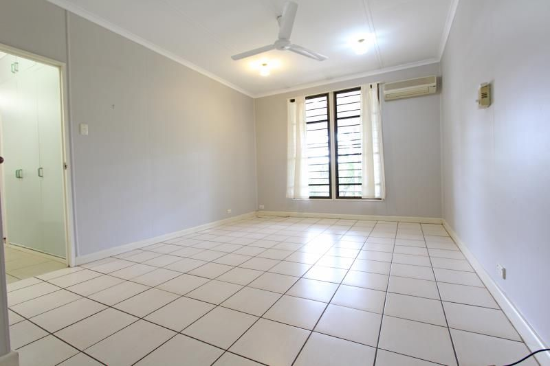 73 Henbury Avenue, Tiwi NT 0810, Image 2