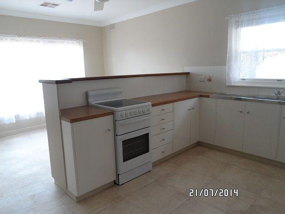 36 Murray Street, Greenock SA 5360, Image 2