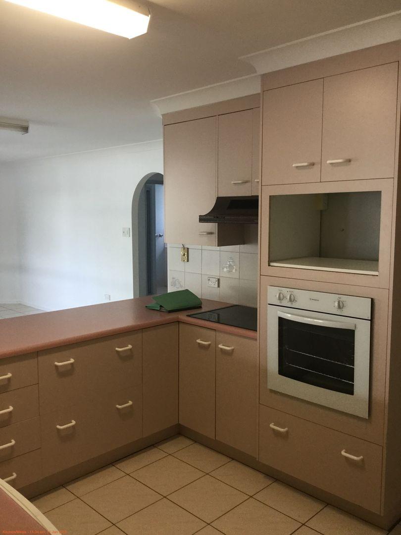 7 Leeds Ave, Kawana QLD 4701, Image 2