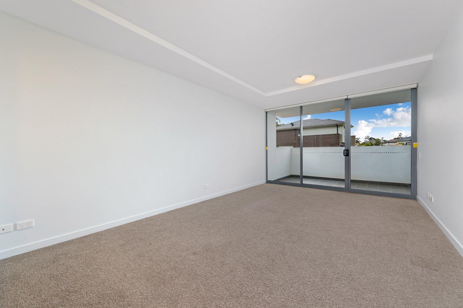 2/1 Lucinda Avenue, Kellyville NSW 2155, Image 2