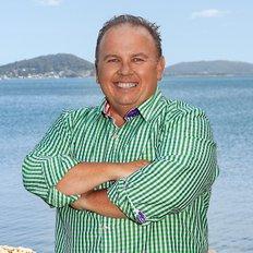 Alan Bowler, Sales representative