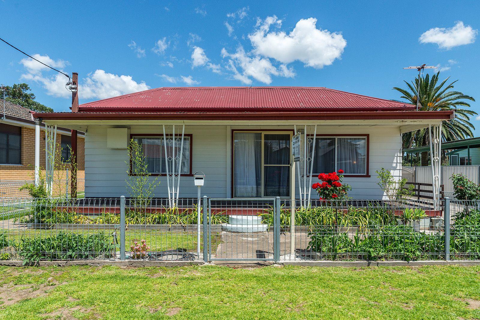 10 Barrett Avenue, Cessnock NSW 2325, Image 0