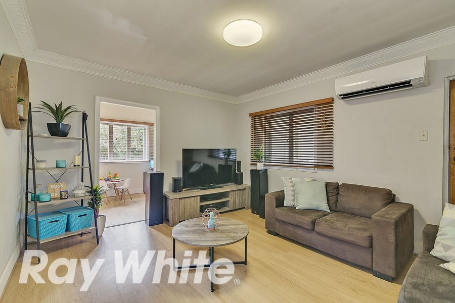 96 Railway Parade, Woodridge QLD 4114, Image 2