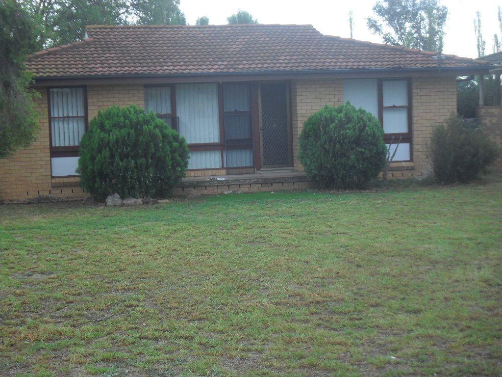 31 Gossamer Street, Leeton NSW 2705, Image 0