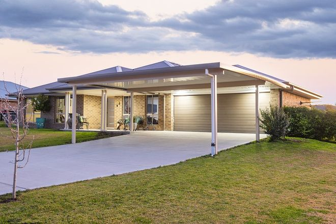 Picture of 13 Somerset Place, SCONE NSW 2337