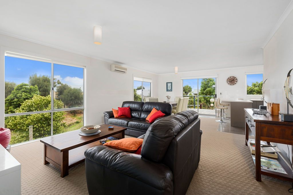 16 Seeberg Court, Apollo Bay VIC 3233, Image 1