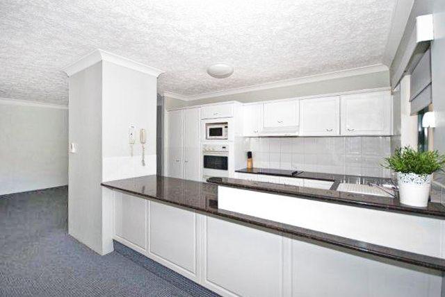 313/2 Graham Street, Bilinga QLD 4225, Image 2