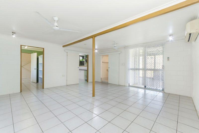 18 Granados Street, Kirwan QLD 4817, Image 2