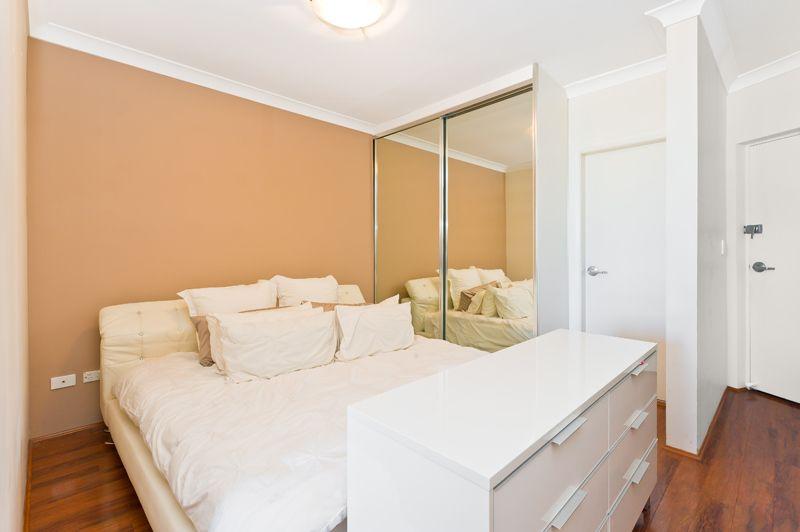 8/299 Stanmore Road, Petersham NSW 2049, Image 2