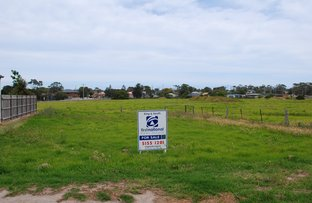 Picture of 24 Golf Links Road, Lakes Entrance VIC 3909