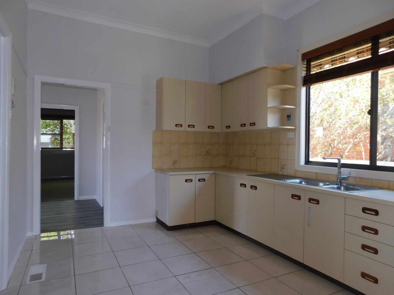 16 William  Street, Wodonga VIC 3690, Image 2