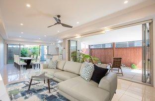 Picture of 2/56 Albion Avenue, Miami QLD 4220