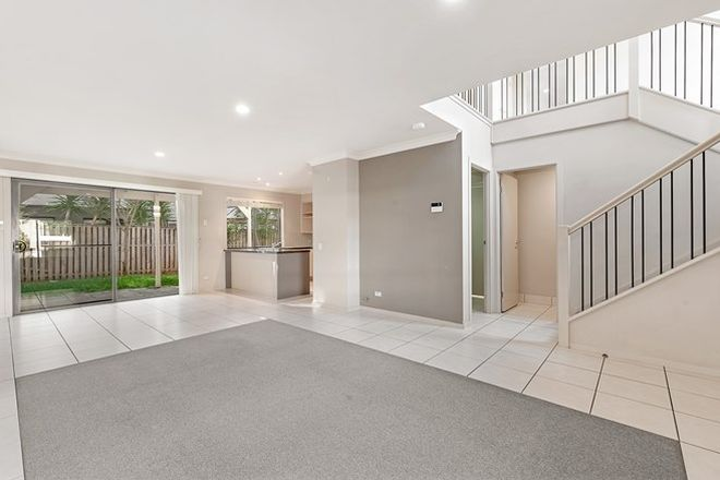 Picture of 18 Silver Ash Way, THORNLEIGH NSW 2120