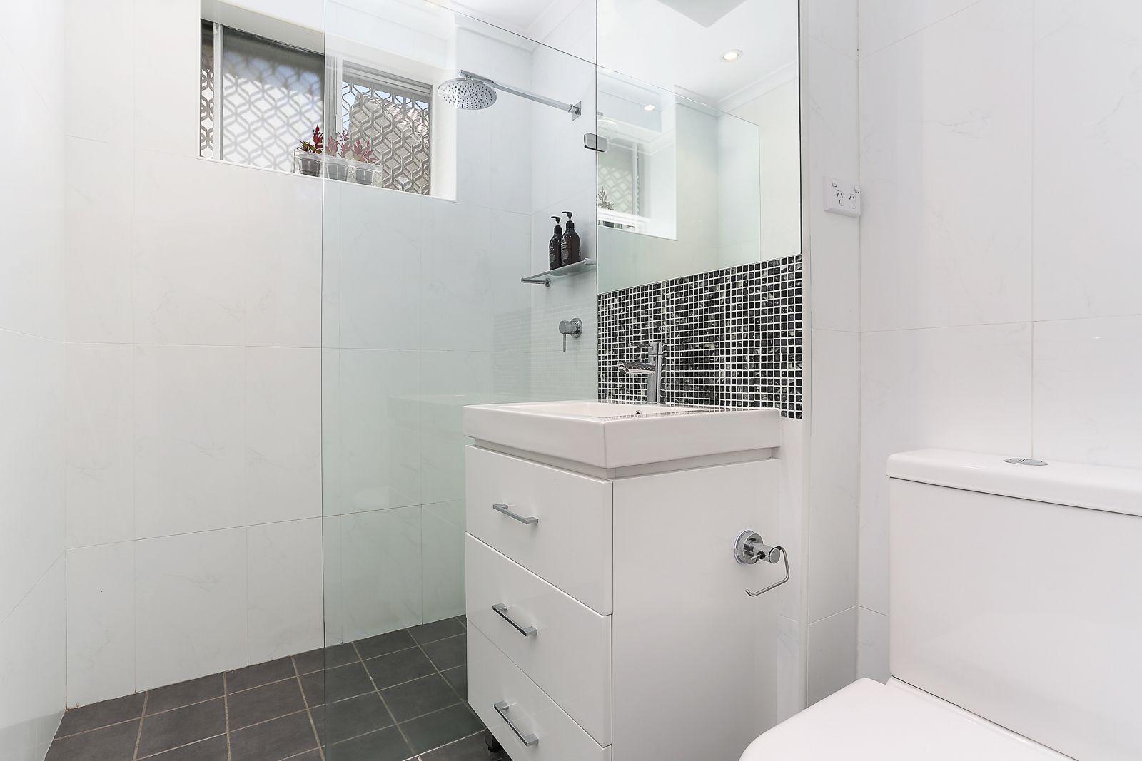 8/25 Foucart Street, Rozelle NSW 2039, Image 2