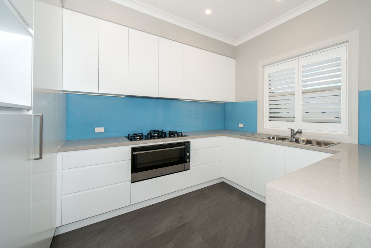 12 Giles Street, Chifley NSW 2036, Image 2