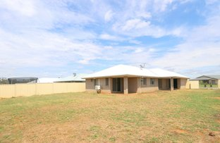 Picture of 35 Lakeside Drive, Emerald QLD 4720