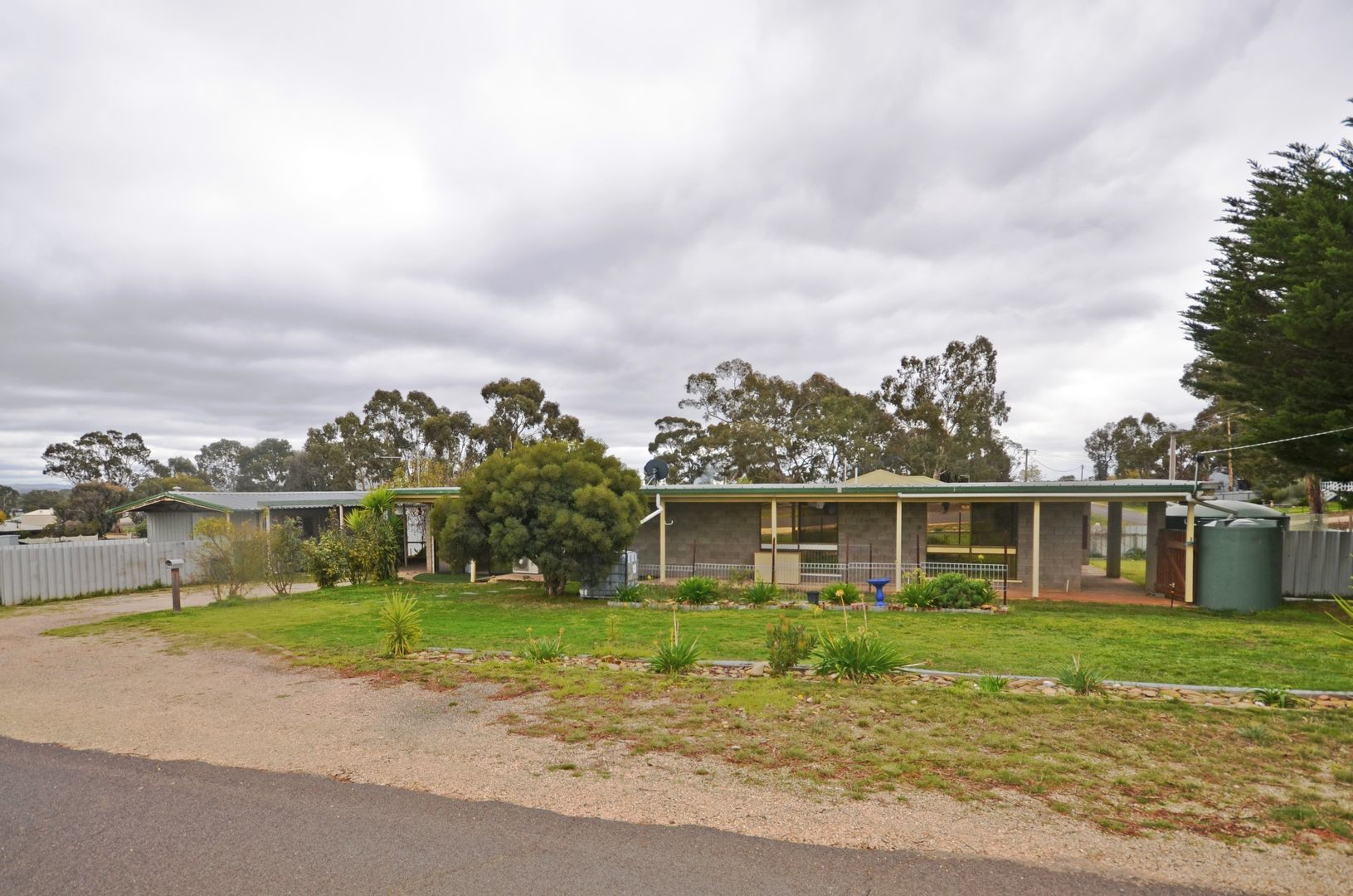 25 Mountain View Street, Avoca VIC 3467, Image 0