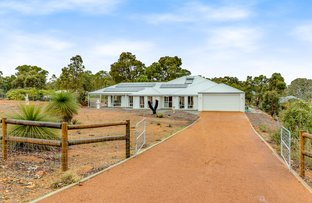 Picture of 3 Aviemore Drive, Bedfordale WA 6112