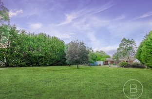 Picture of 23 Newnham Drive, Romsey VIC 3434