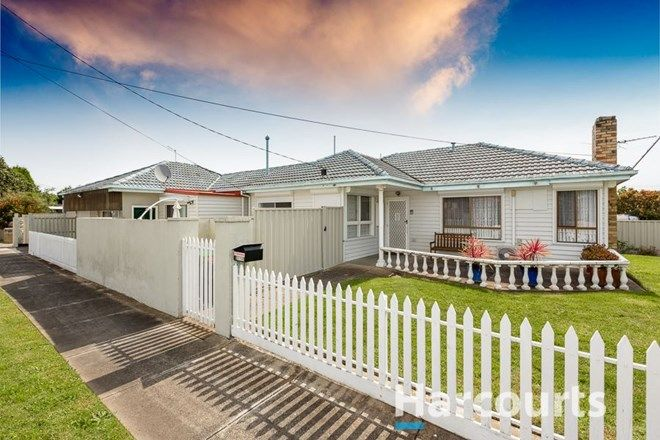 Picture of 34 Oakwood Avenue, DANDENONG NORTH VIC 3175