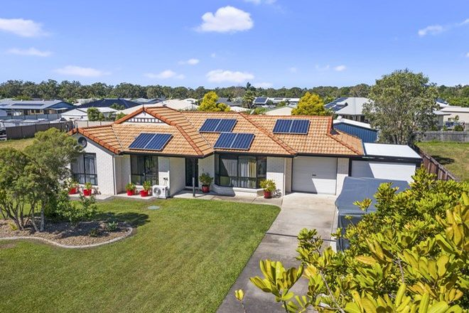 Picture of 8 Canberra Avenue, COOLOOLA COVE QLD 4580