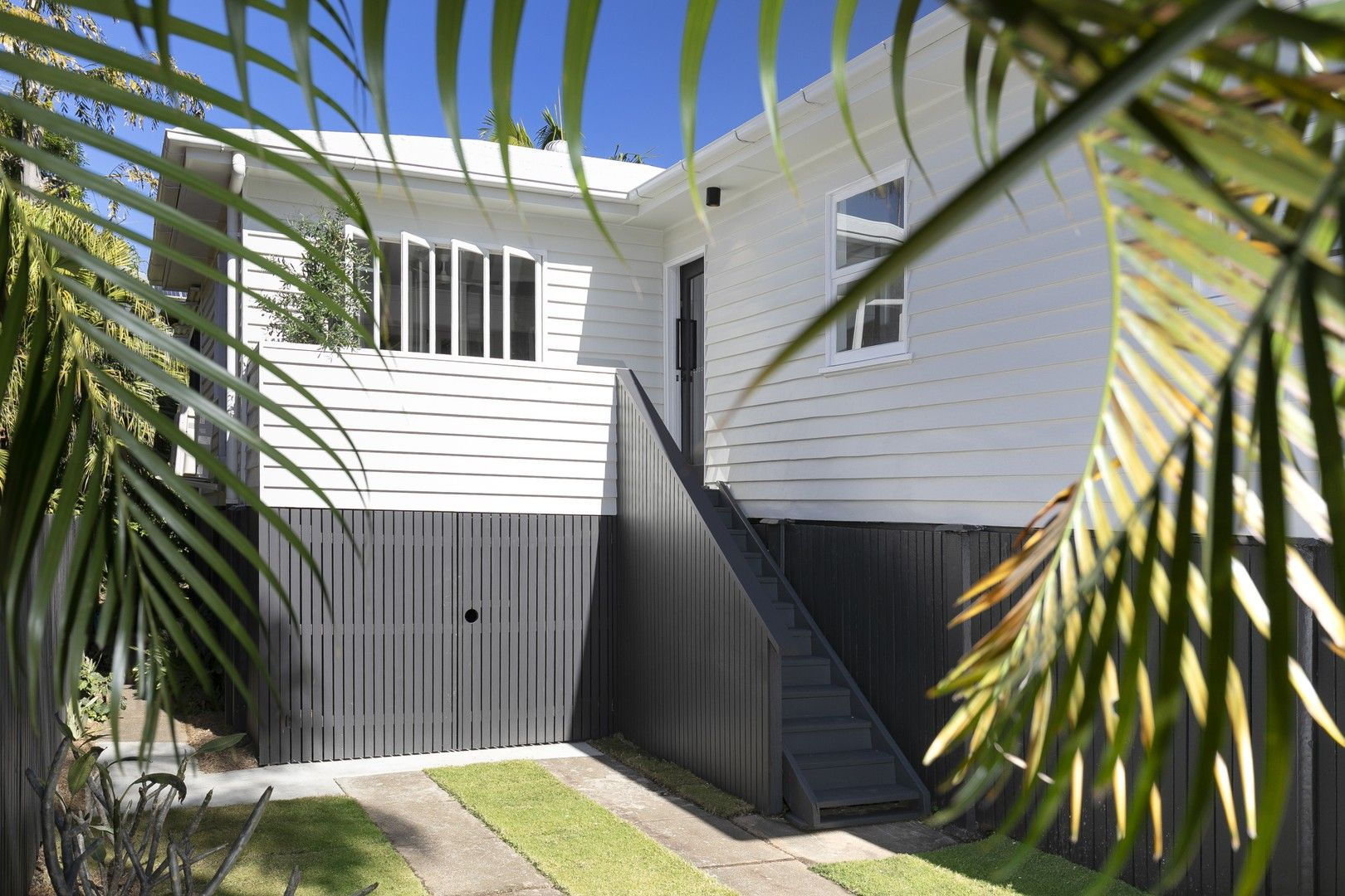 11 Laurel Street, Highgate Hill QLD 4101, Image 0