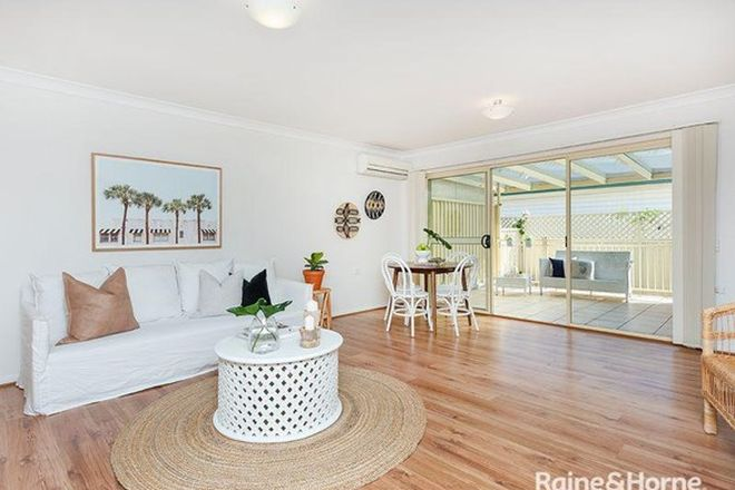 Picture of 2/67 Parkes Street, HELENSBURGH NSW 2508