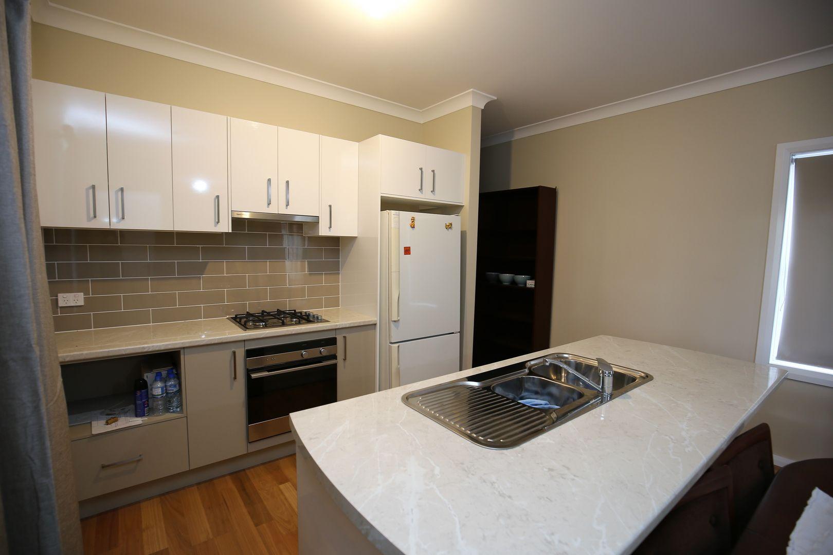 70 Rocket Street, Bathurst NSW 2795, Image 2