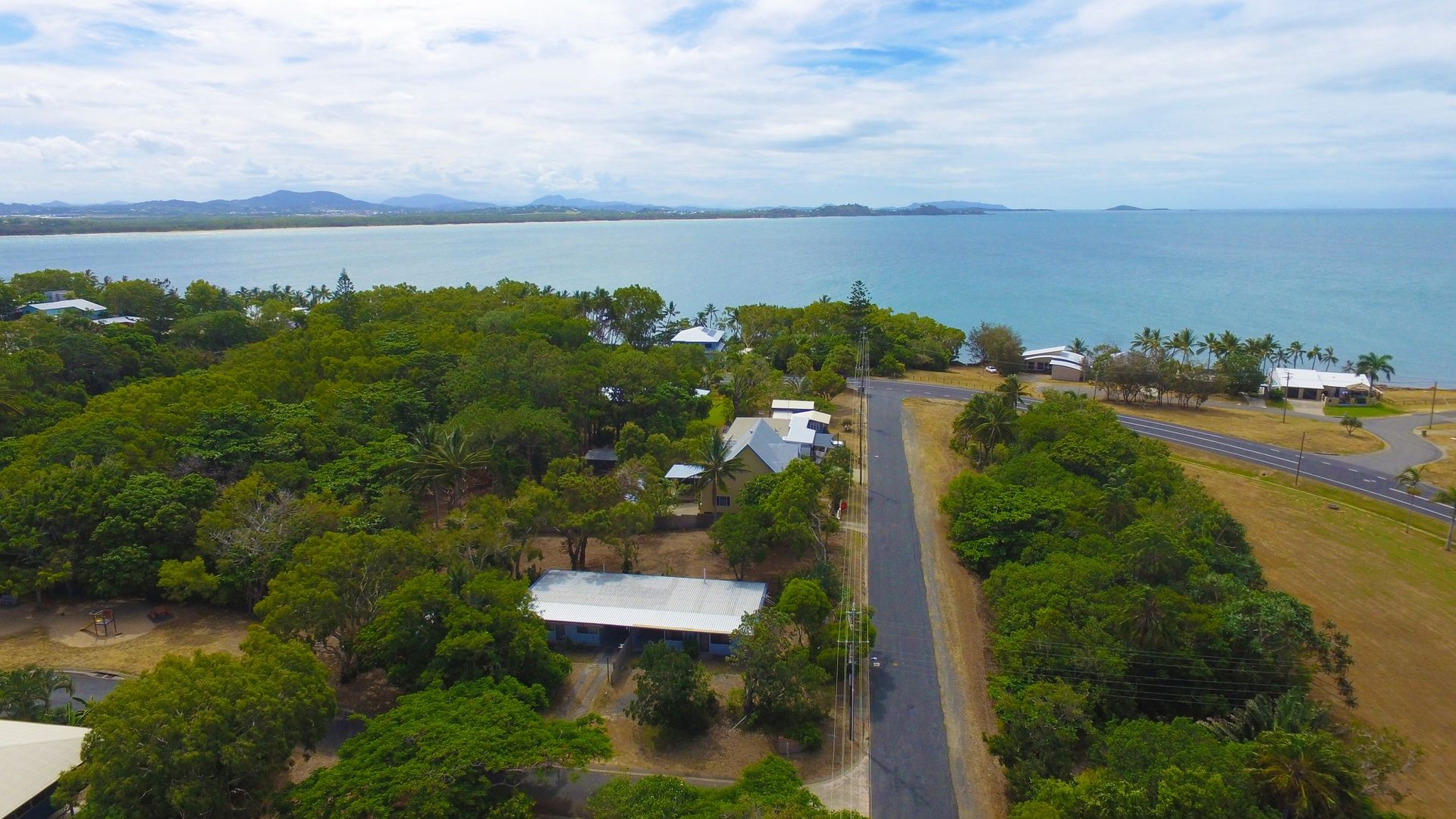 9 Plover Street, Slade Point QLD 4740, Image 2