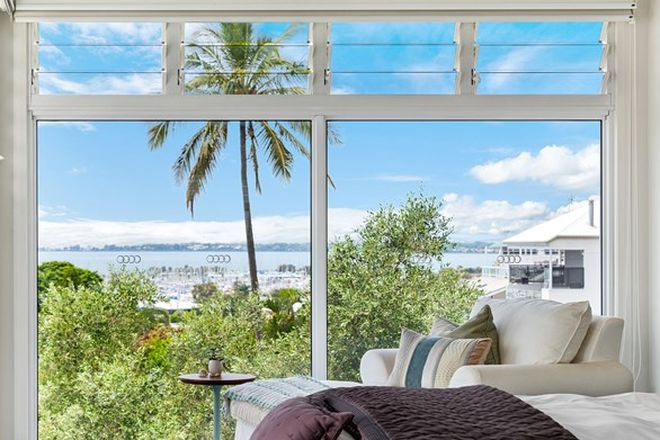 Picture of 135 Gordon Parade, MANLY QLD 4179