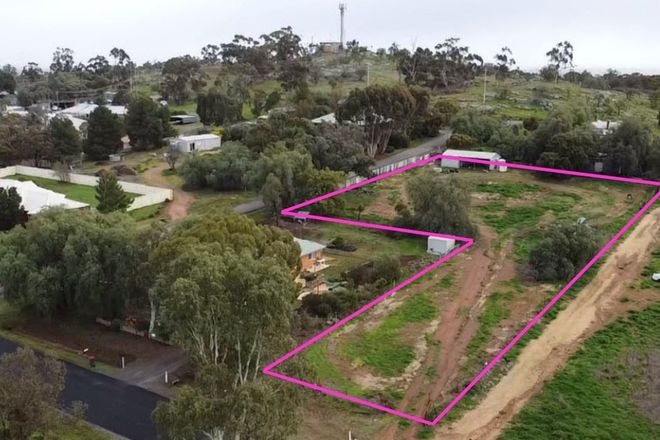 Picture of 9 PARK STREET, WYCHEPROOF VIC 3527