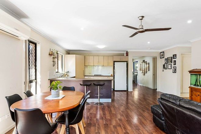 Picture of 9 Krystelle Close, OXLEY QLD 4075