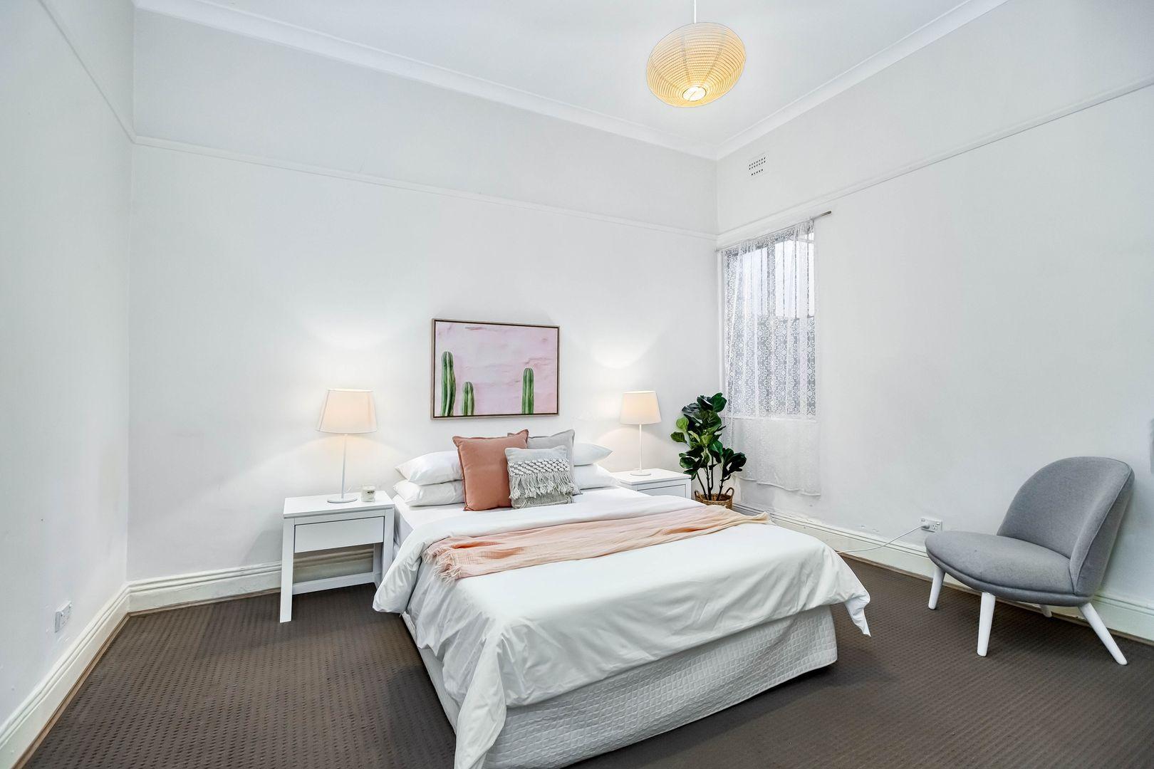 24 Linthorpe Street, Newtown NSW 2042, Image 2