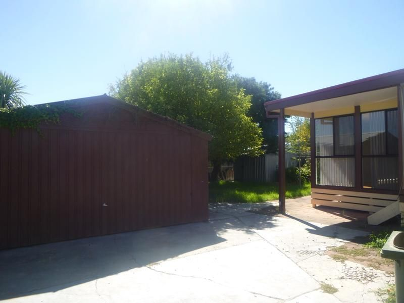 35 Strada Crescent, Wheelers Hill VIC 3150, Image 0