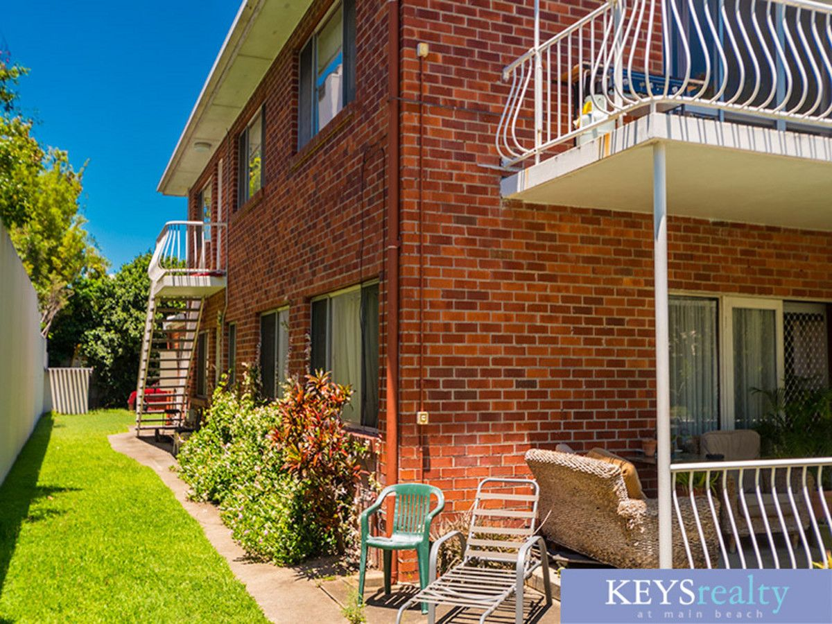2/58 Woodroffe Avenue, Main Beach QLD 4217, Image 0