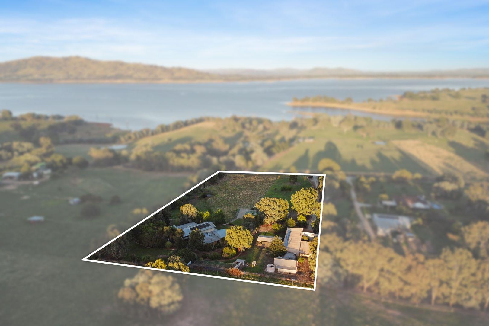 889 Lake Road, Bethanga VIC 3691, Image 0