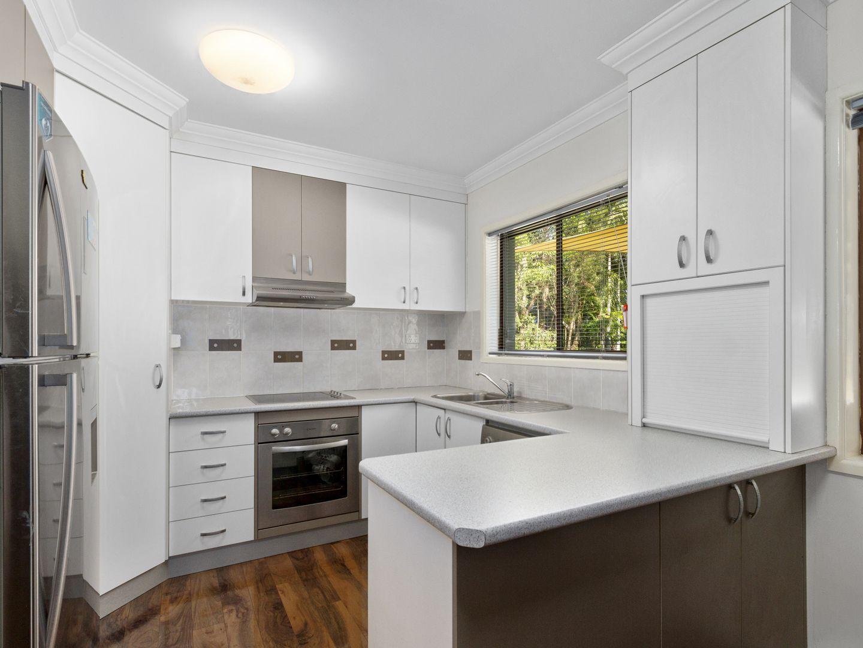 37 Evergreen Avenue, Loganlea QLD 4131, Image 2