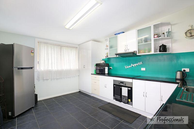 18 Samuelson Crescent, Armidale NSW 2350, Image 1