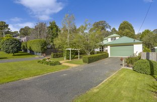 Picture of 2 Heron Street, Woodend VIC 3442