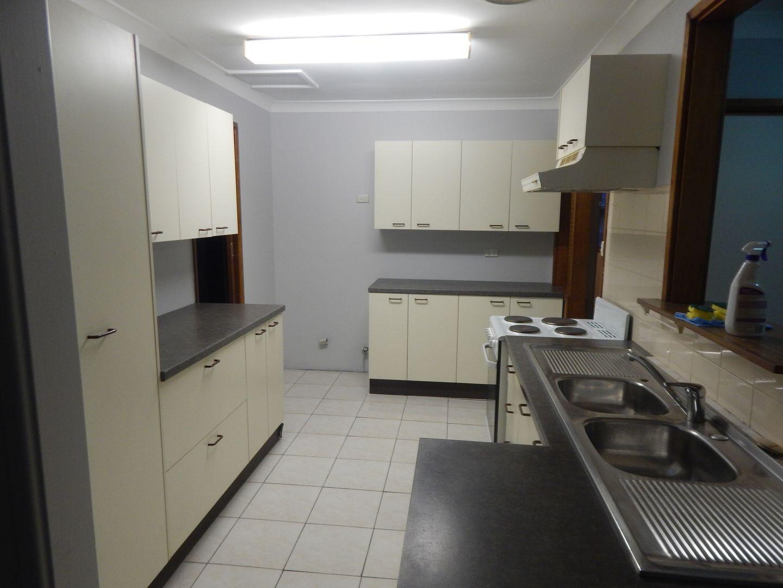 8 Lamont Street, Cartwright NSW 2168, Image 0