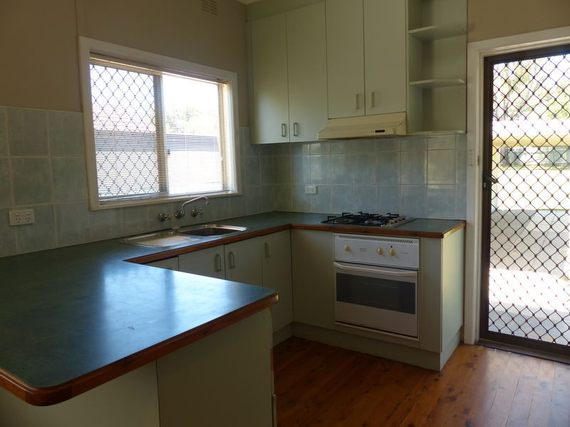 253 Cadell Street, East Albury NSW 2640, Image 2