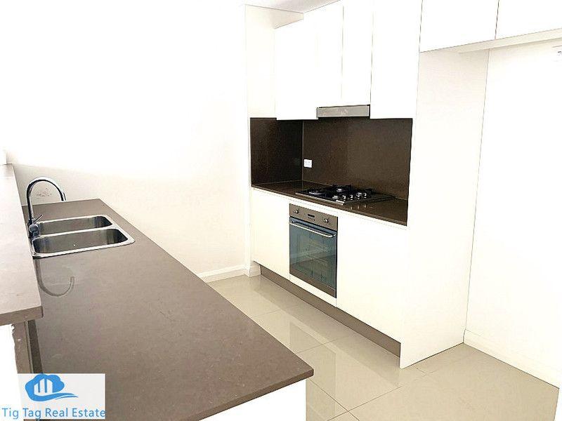 3 bed/39 Rhodes Street, Hillsdale NSW 2036, Image 2