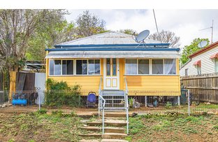 Picture of 8 River Street, Mount Morgan QLD 4714