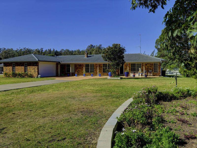 67 Oakview Drive, Hallidays Point NSW 2430, Image 1