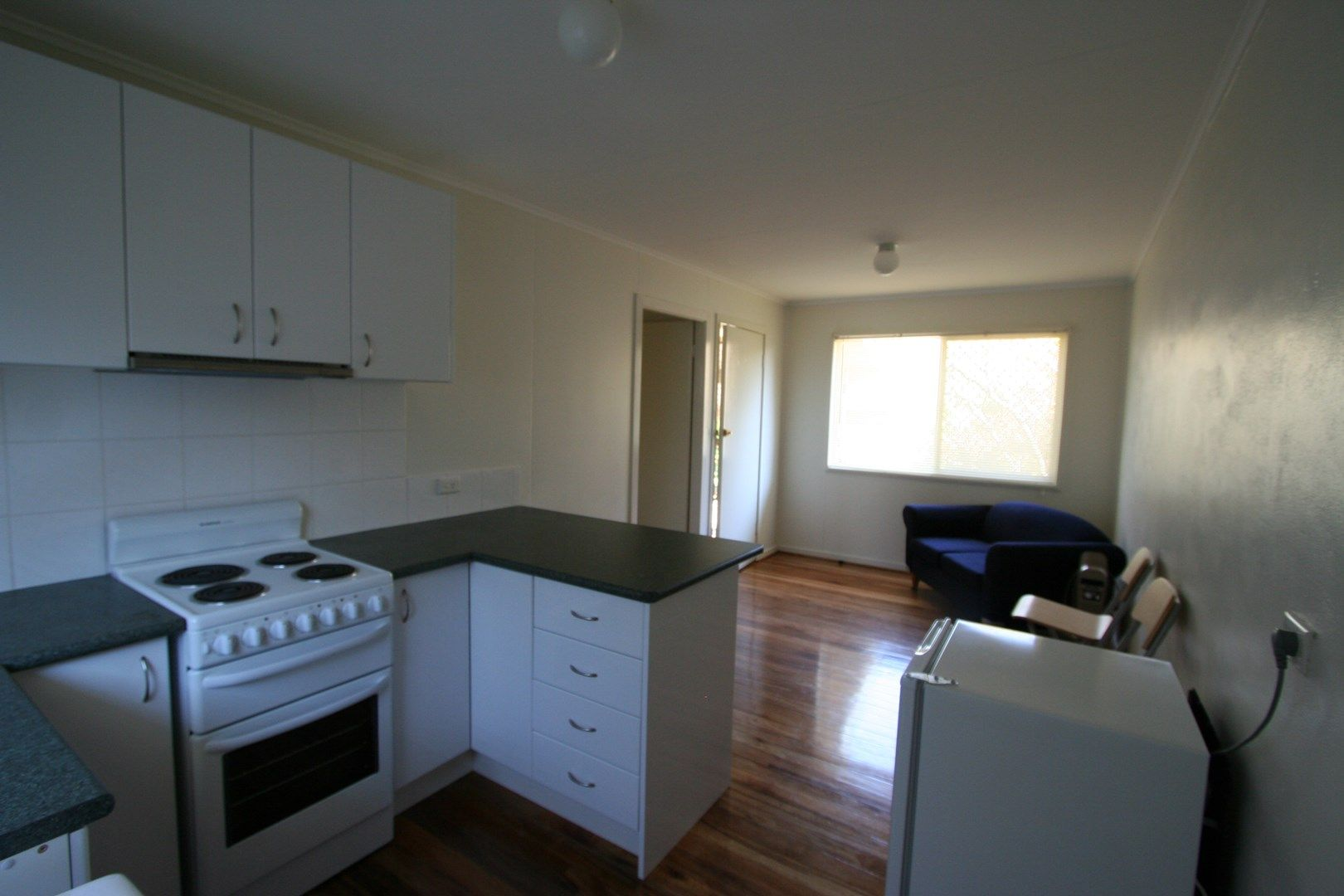 4/160 Bulwer St, Tenterfield NSW 2372, Image 1