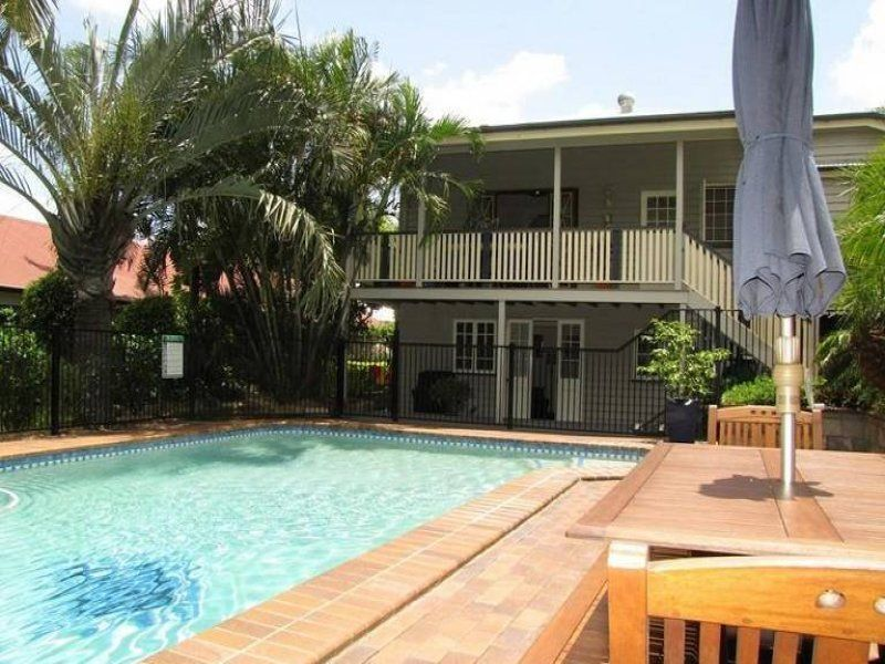 8 Hunter Street, Greenslopes QLD 4120, Image 1