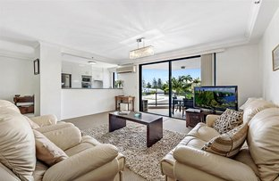 Picture of 'THE WARATAH' 22 Montgomery Avenue, Main Beach QLD 4217