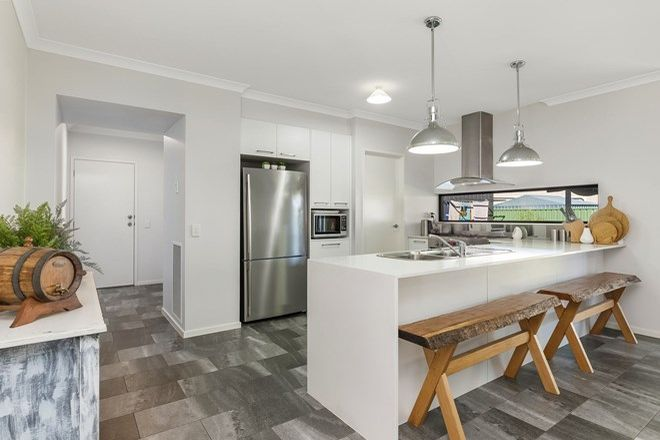 Picture of 2 Creekview Place, ASCOT VIC 3551