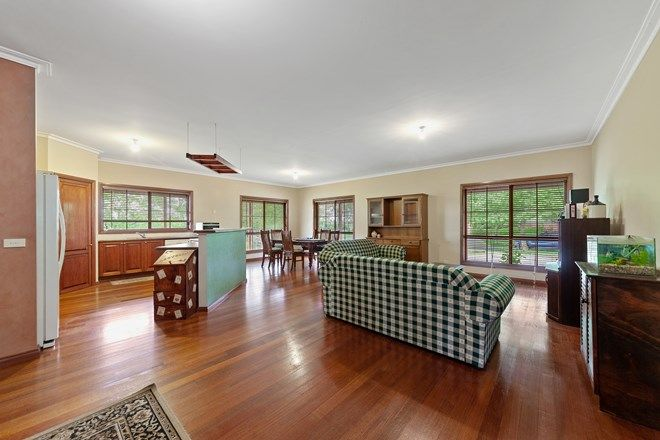 Picture of 15 Settlers Hill Place, NARRE WARREN NORTH VIC 3804