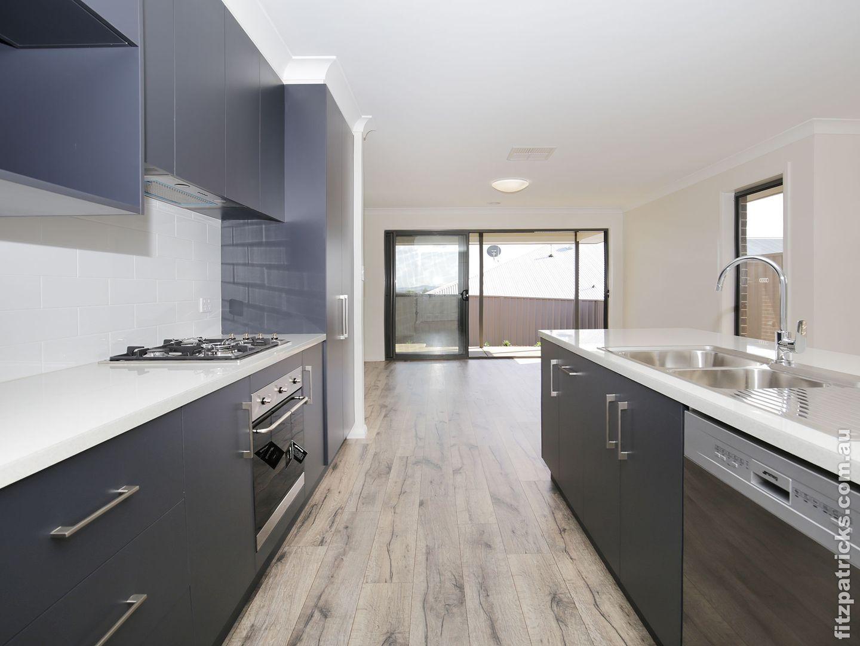 3/10 Waterhouse Avenue, Lloyd NSW 2650, Image 1